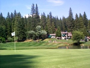 Seqouia Woods Country Club